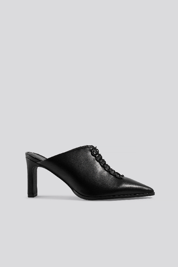 Na-kd Pointy Lace Up Mules Black