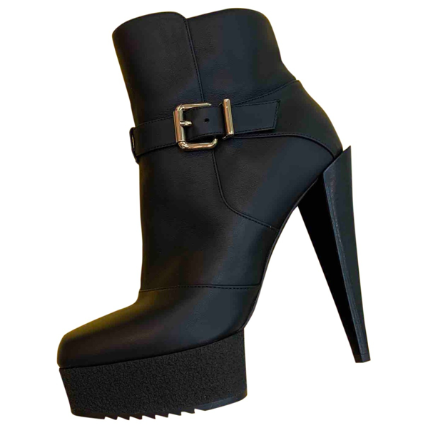 Pre-owned Fendi Black Leather Ankle Boots