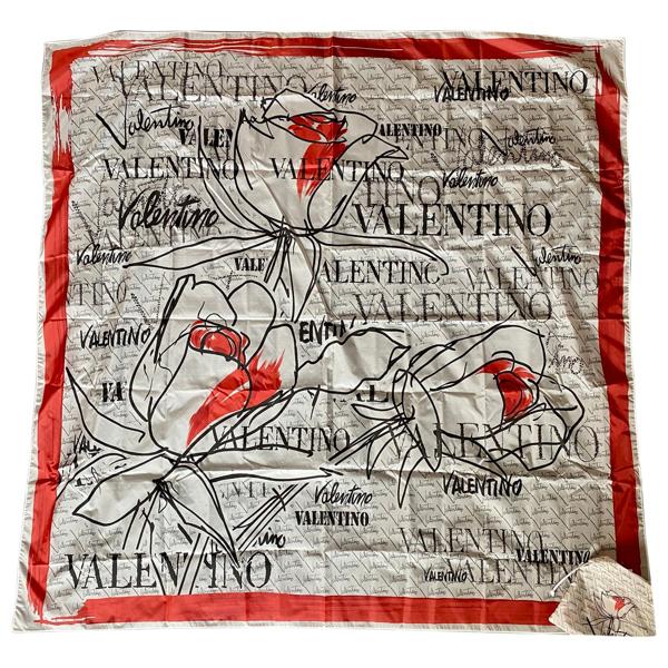 Pre-owned Valentino Garavani Multicolour Silk Handkerchief