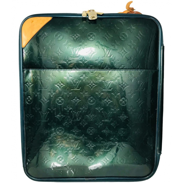 Pre-owned Louis Vuitton Pegase Green Patent Leather Travel Bag
