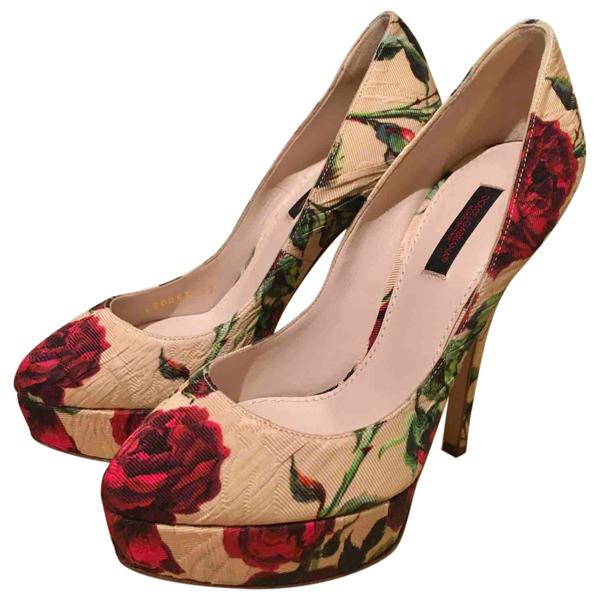 Pre-owned Dolce & Gabbana Beige Cloth Heels