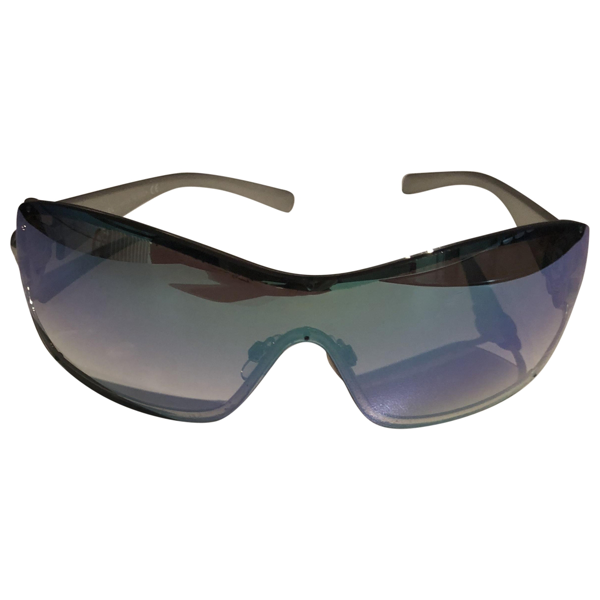 Pre-owned Chanel Blue Metal Sunglasses
