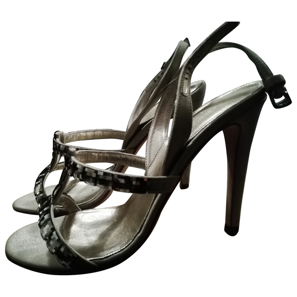 Pre-owned Sergio Rossi Ecru Leather Sandals