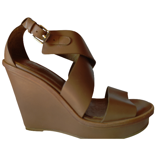 Max Mara Atelier Camel Leather Sandals