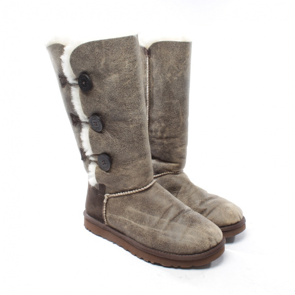 Ugg Beige Leather Boots