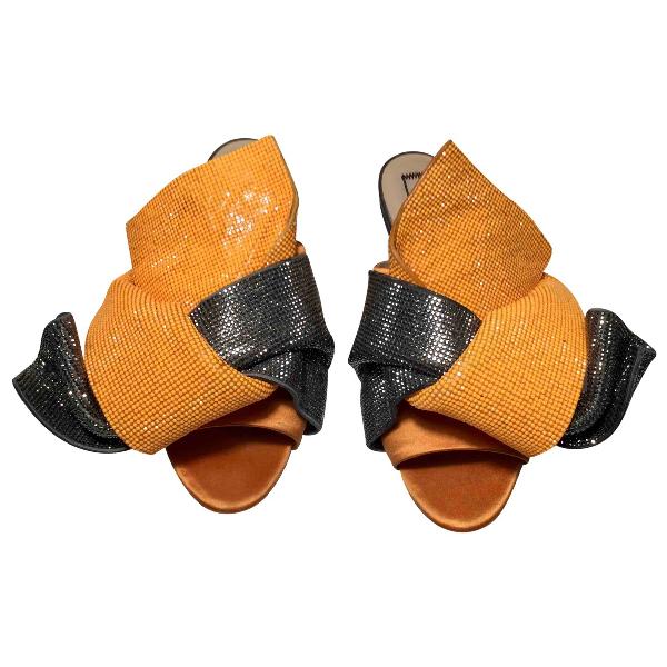 N°21 Orange Glitter Sandals