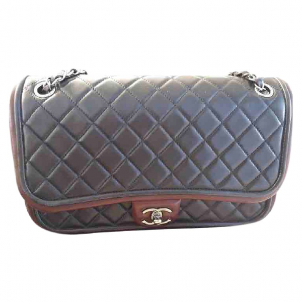 Chanel Timeless/classique Burgundy Leather Handbag