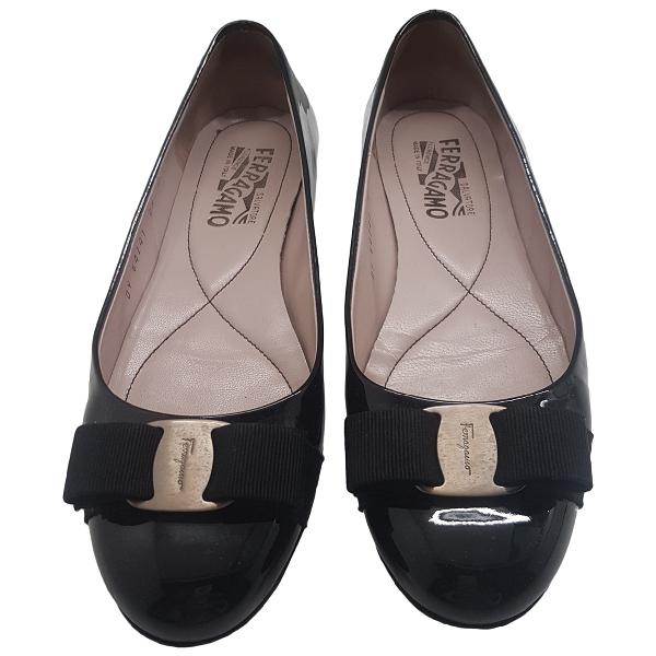 Salvatore Ferragamo Black Leather Ballet Flats