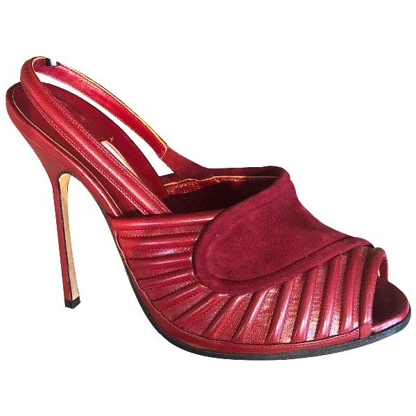 Manolo Blahnik Burgundy Leather Heels