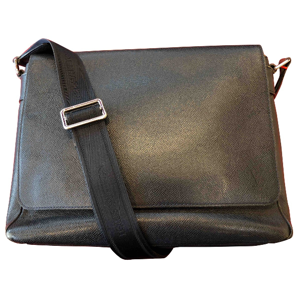 Louis Vuitton Roman Navy Leather Bag