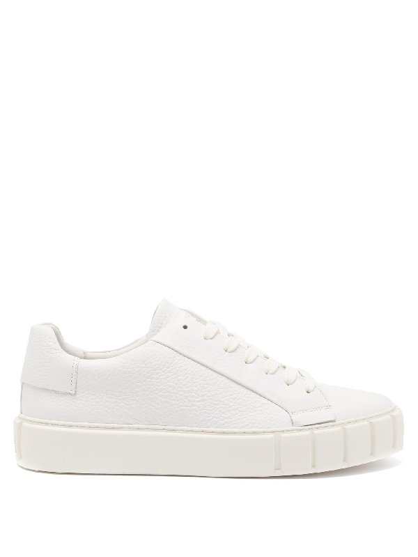 Primury Dyo Leather Trainers In White
