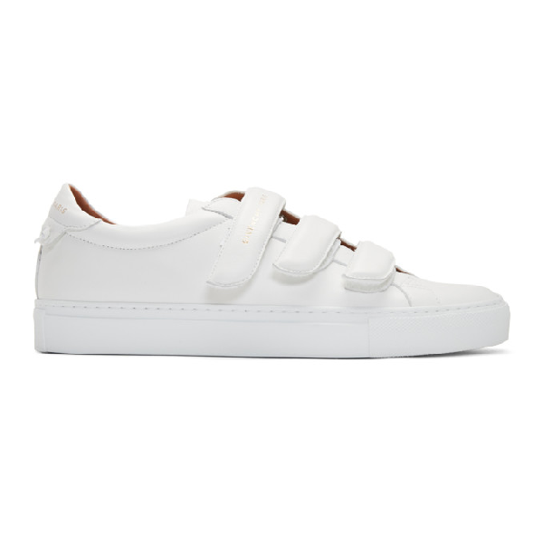 Givenchy Urban Street Leather Low-top Sneakers In 100 White