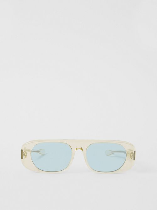 Burberry Be4322 Transparent Yellow Sunglasses In Transparent Champagne