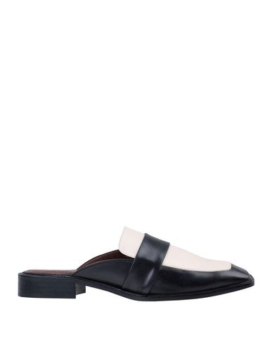 Alohas Mules And Clogs In Black