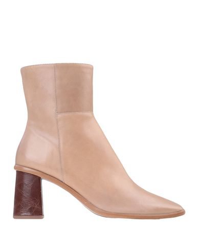 Alohas Ankle Boot In Camel
