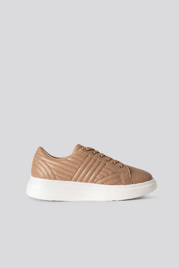 Na-kd Quilted Sneakers Brown In Beige
