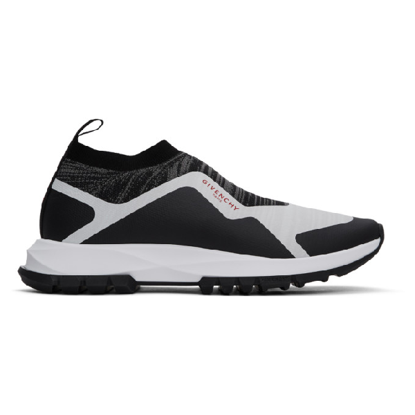 Givenchy Knit Black And White Spectre Sneakers In 004-black/w