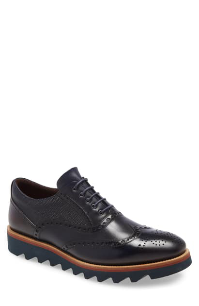 Ike Behar Bolt Wingtip In Navy