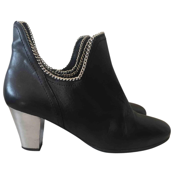 American Retro Black Leather Ankle Boots