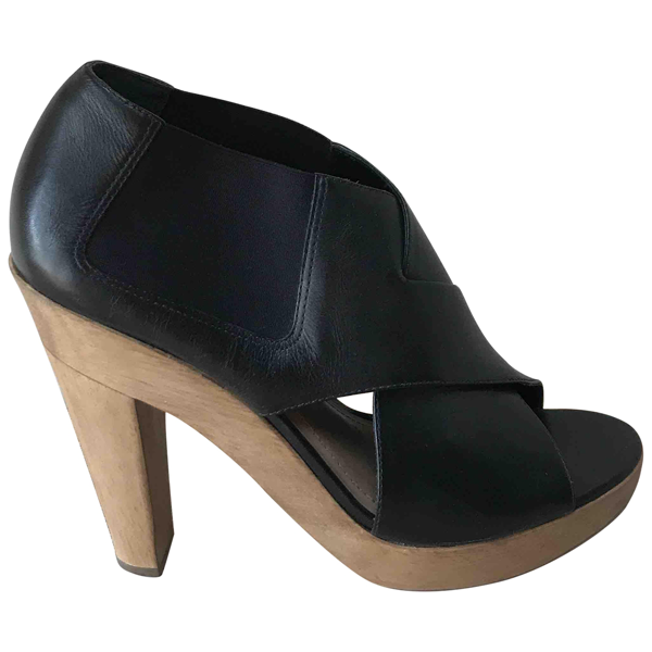 Pre-owned Theory Black Leather Sandals