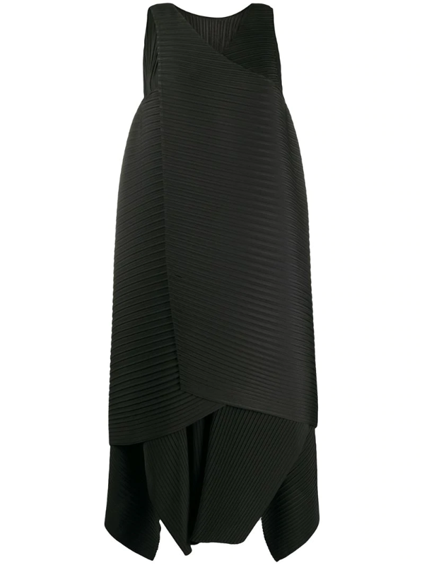 Issey Miyake Cuddle Color Pleats Dress In Black