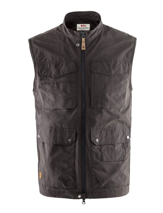 Fjall Raven Fjallraven Travellers Mt Vest - Dark Grey Size: Medium, Colour: Grey