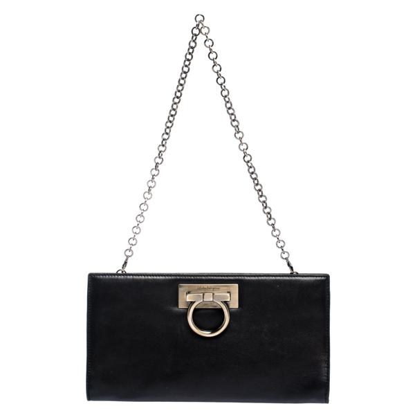 Pre-owned Salvatore Ferragamo Black Leather Gancini Chain Clutch
