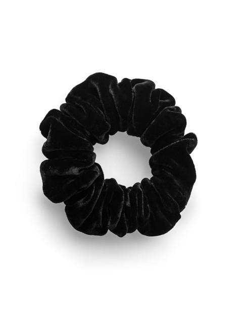 Moye Silk Velvet Scrunchie - Cindy In Black