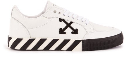 Off-white Low Vulcanised Trainers In White / Black