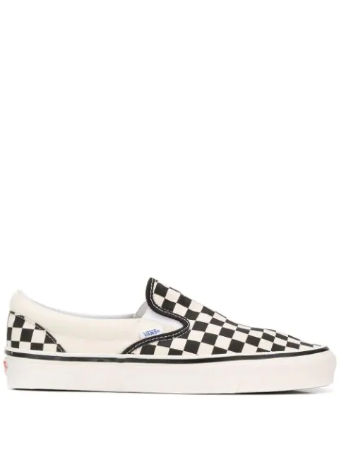 Vans Anaheim Factory Classic Slip-on 98 Sneakers In White In Checker