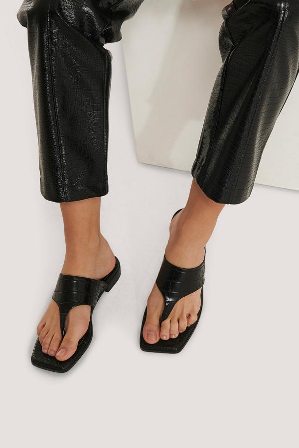 Na-kd Toe Strap Flats Black