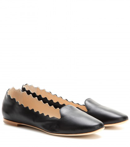 ChloÉ Deep Navy Leather Scalloped Flats In Llack