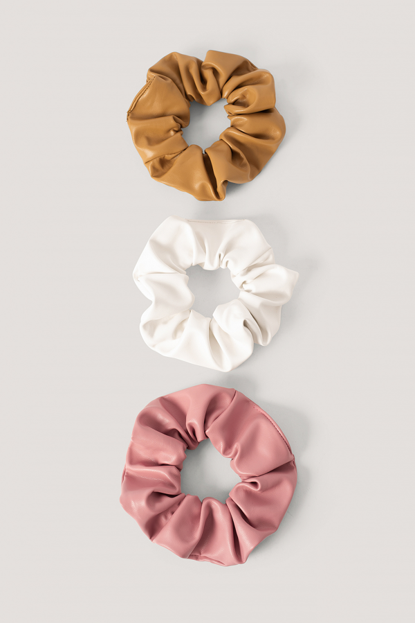 Na-kd Faux Leather Scrunchies 3-pack White In Pink