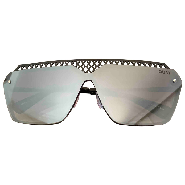 Quay Black Metal Sunglasses