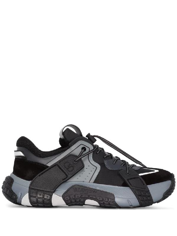 Valentino Garavani Low-top Sneakers Vltn Wod Calfskin Suede Logo Black White