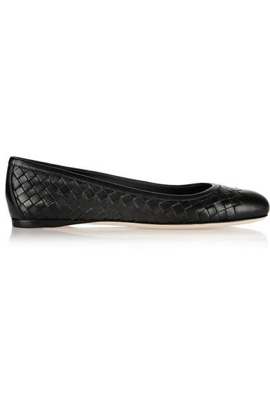 Bottega Veneta Nero Intrecciato Nappa Peggy Ballerinas In Black