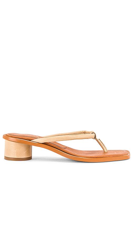 Alohas Beijo Sandal In Beige