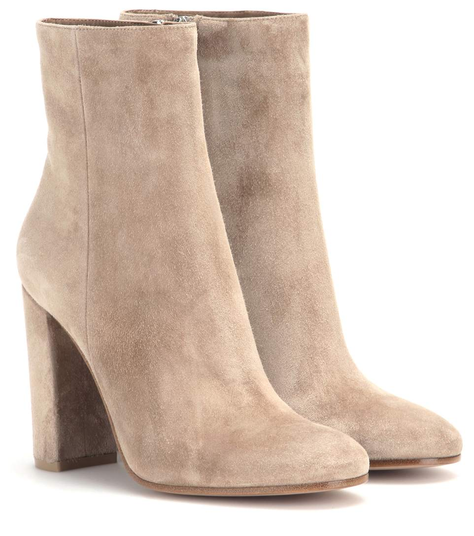 Gianvito Rossi Suede Ankle Boots In Lisque Modesens