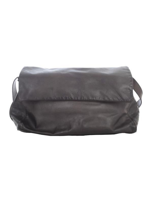 Numero 10 Luggage Bag In Black