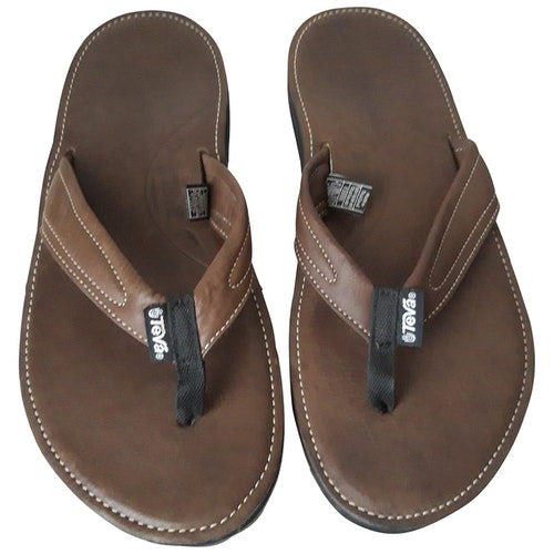 Pre-owned Teva Brown Leather Sandals