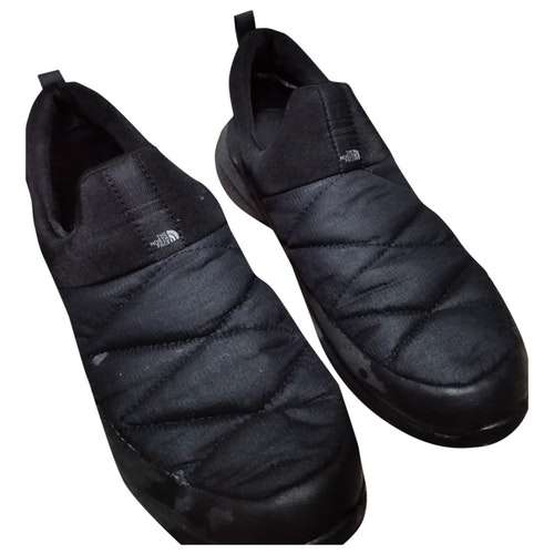 Pre-owned The North Face Black Cloth Flats