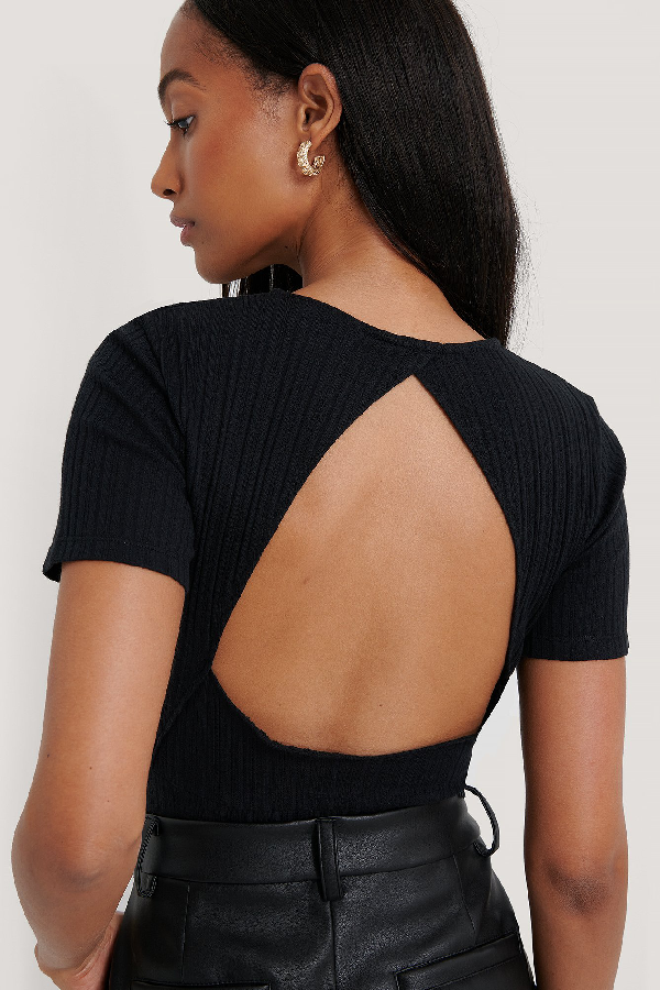 Na-kd Reborn Organic Structured Cut Out Top - Black