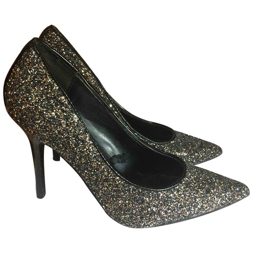 Pre-owned Guess Silver Glitter Heels