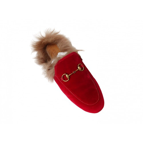 Pre-owned Gucci Princetown Red Fur Flats