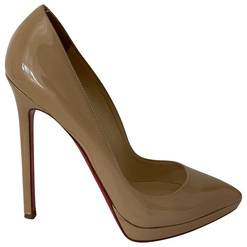Pre-owned Christian Louboutin Pigalle Plato Beige Patent Leather Heels