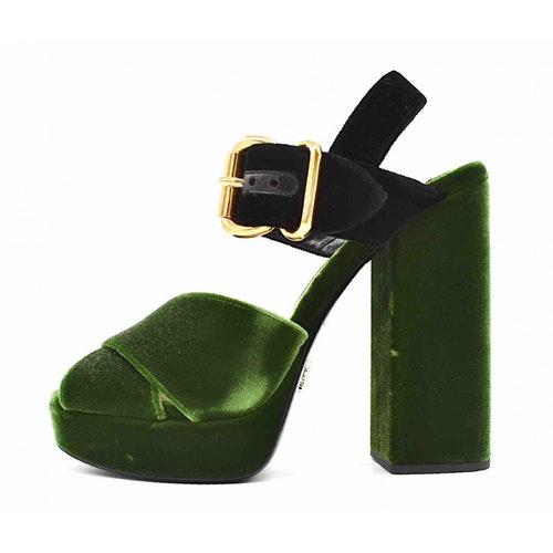 Pre-owned Prada Green Velvet Sandals