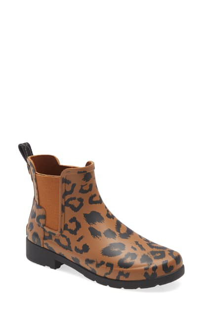 Hunter Original Leopard Print Refined Chelsea Waterproof Rain Boot In Thicket/ Black Rubber