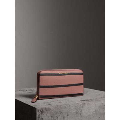Burberry Trompe L'oeil Print Leather Ziparound Wallet In Dusty Pink