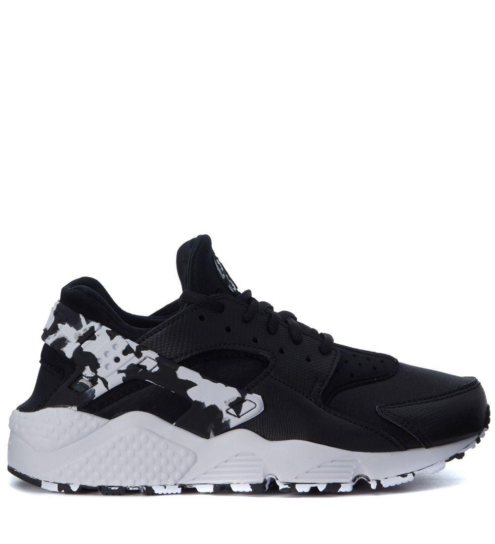 Nike Air Huarache Run Black And White Sneaker In Nero
