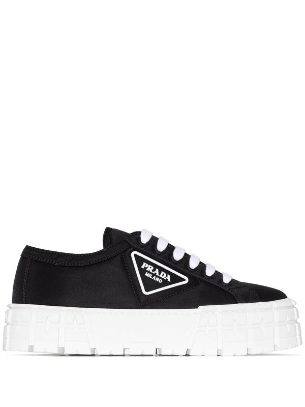 Prada Tyre Low Top Sneakers In Black